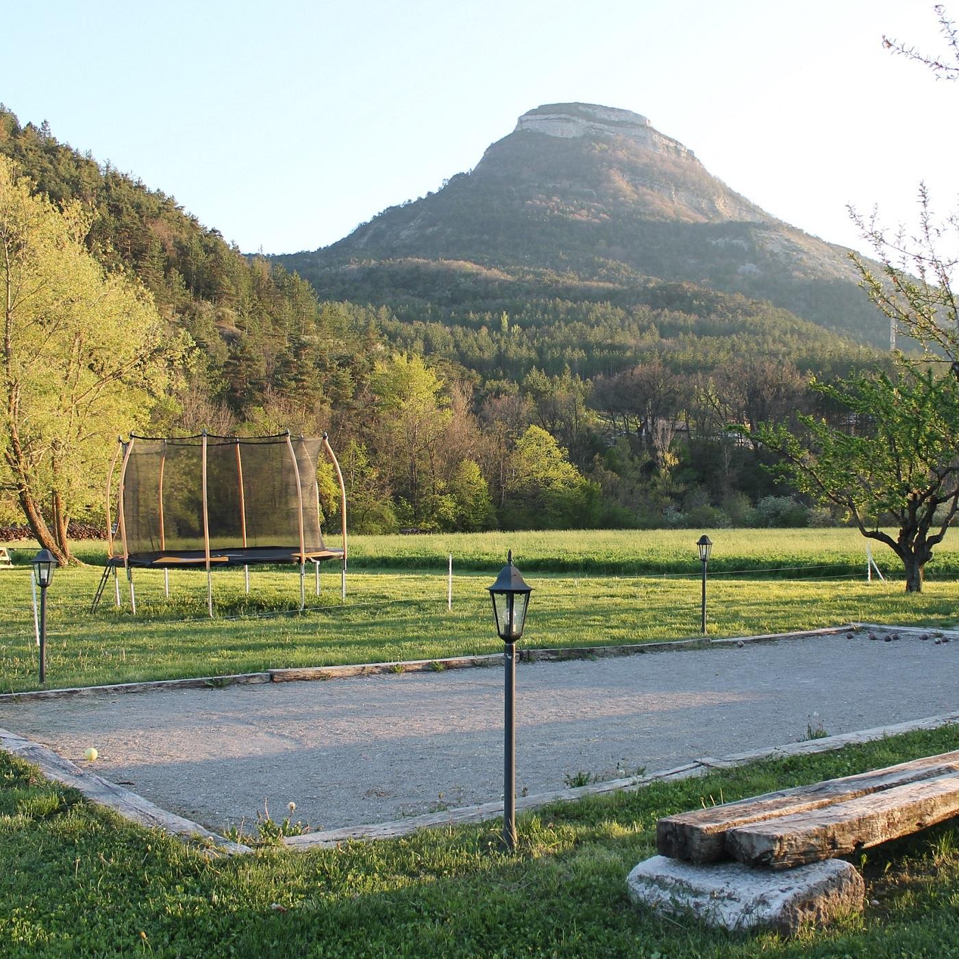 Terrain de pétanque gîte le Moulin